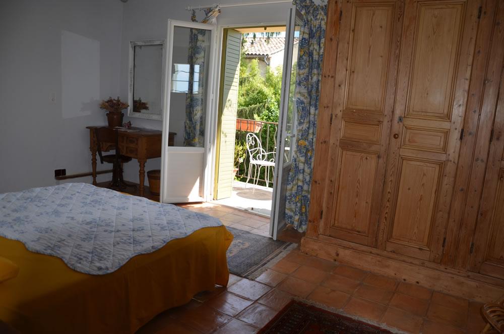 chambre-hotes-luberon-mallemort-interieur-et-exterieur (2)
