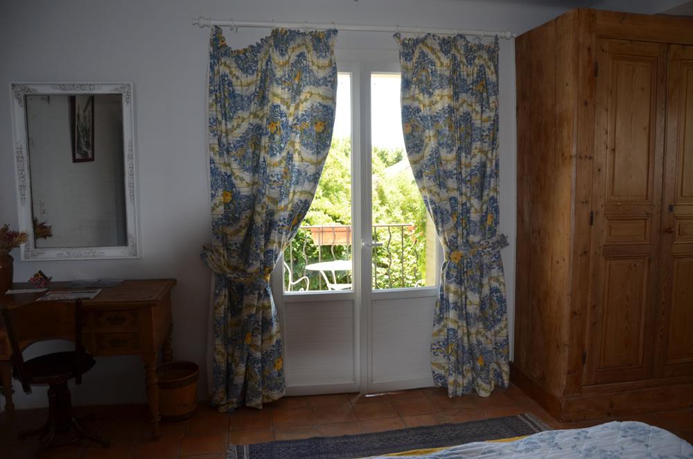 chambre-hotes-luberon-mallemort-interieur-et-exterieur (5)